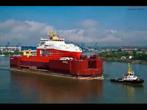 Plecarea celui mai mare vapor de la Santierul Naval Tulcea la Constanta pentru a i se monta pupa