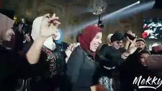 اغنيه قعداله ع السلم ليه فرح مسخره جدا ع شكل جديد ❤️😹😹😹💃💃
