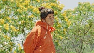 Смотреть клип Daniela Andrade - Genesis