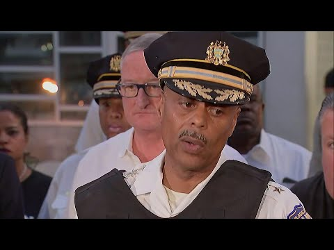 Chief: Philly gunman ignores calls to surrender
