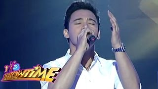Erik Santos sings 'I Offer My Life' on It's Showtime