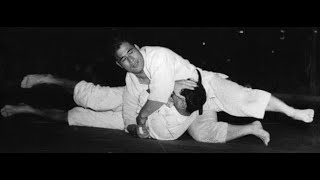 Masahiko Kimura victory over Hélio Gracie 1951, Kimura a fighter came from another world.