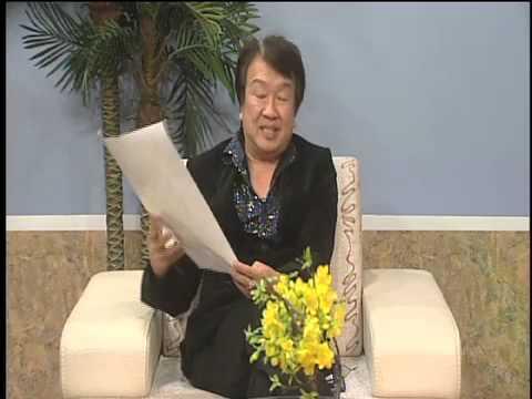MC Trần Quốc Bảo phỏng vấn Lannie Bùi (Á Hậu Phu Nhân Các Nước Á Châu 2013) Trên Đài VHN