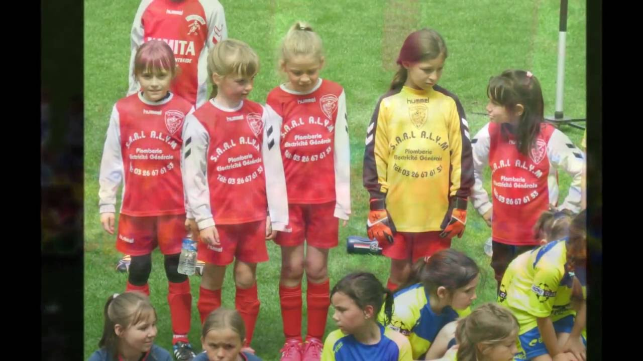 Football Feminin Lea Au Stade De Reims Youtube