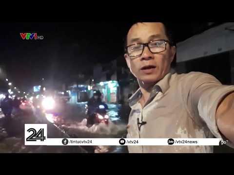 Người dân TP HCM khổ sở với trận triều cường đạt đỉnh đầu tiên của năm | VTV24