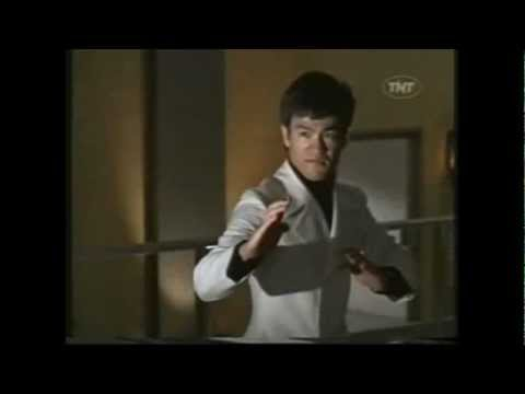 BRUCE LEE  2 FIGHT SCENES IN MARLOWE 1969
