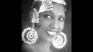 Josephine Baker -  MAYARI