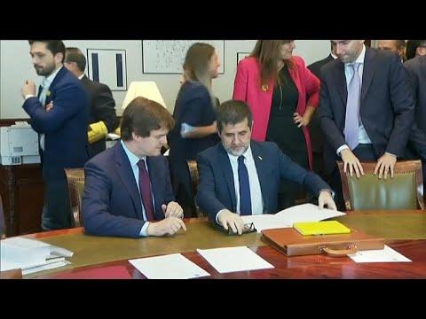 السلطات الإسبانية تفرجُ مؤقتاً عن خمسة زعماء كتالونيين.. تعرّف على السبب…  - نشر قبل 39 دقيقة