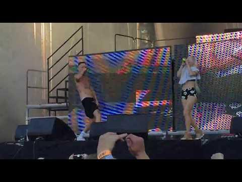 Die Antwoord - I Fink U Freeky Live 2017