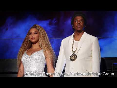Look: Beyonce and Jay-Z on stage at...
