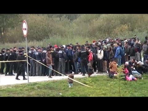 شرطة البوسنة تمنع 200 مهاجراً من الوصول إلى الحدود مع كرواتيا…  - نشر قبل 5 ساعة