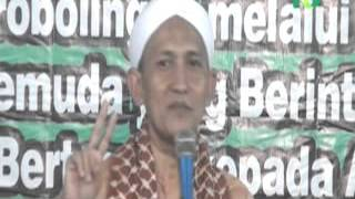 Gus Ali ; KH Ali Mustofa ; Bekal & Istighosah, motivasi indah Jelang UNAS 2016 di Kraksaan