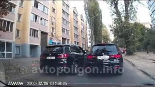 Киев: наглый водитель на BMW X5 не поладил с водителем Acura