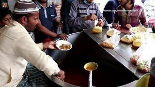 vuclip Street Food of Pakistan   Butt Murgh Chanay Lahore   Lahori Nashta   Pakistani Street Food