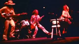 Watch Jethro Tull The Third Hoorah video