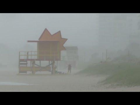 Hurricane Irma hits Miami beach after battering Cuba