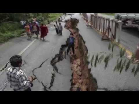 Nepal Earth Quake || नेपाल भूकम 25.04.15 || [2015] Watch Out CCTV Video!
