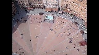 Baixar Caminando por la Piazza del Campo. Siena, Toscana, Italia