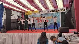 Funny Dance | Lazy Dance | Standing Dance | Chavat Boys Dance | Comedy Dance