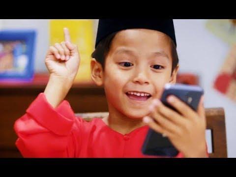 IKLAN RAYA BOOST 2018 | Adik Taknak Duit Raya?!