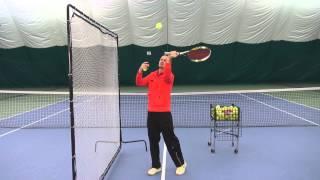 Уроки тенниса. Тренируем подачу.