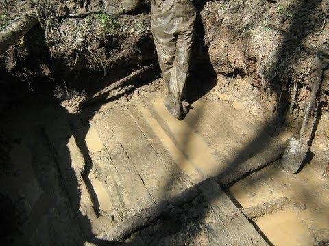 Раскопки немецких палаток-Блиндажей  апрель 2012\Digging of German dugouts April 2012