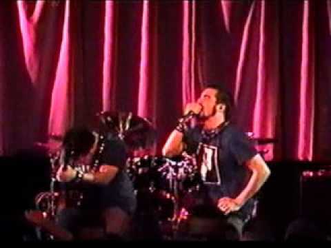 Killswitch Engage -07- Prelude+Temple From The Within live nyc 2002