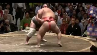 Tochinoshin vs Chiyotairyū - Natsu 2018, Day 10