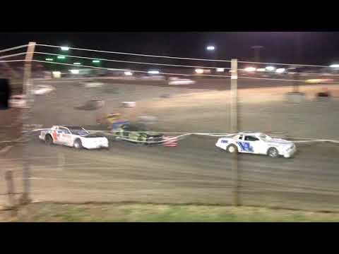 Superbowl Speedway Factory Stock Feature 8-10-19