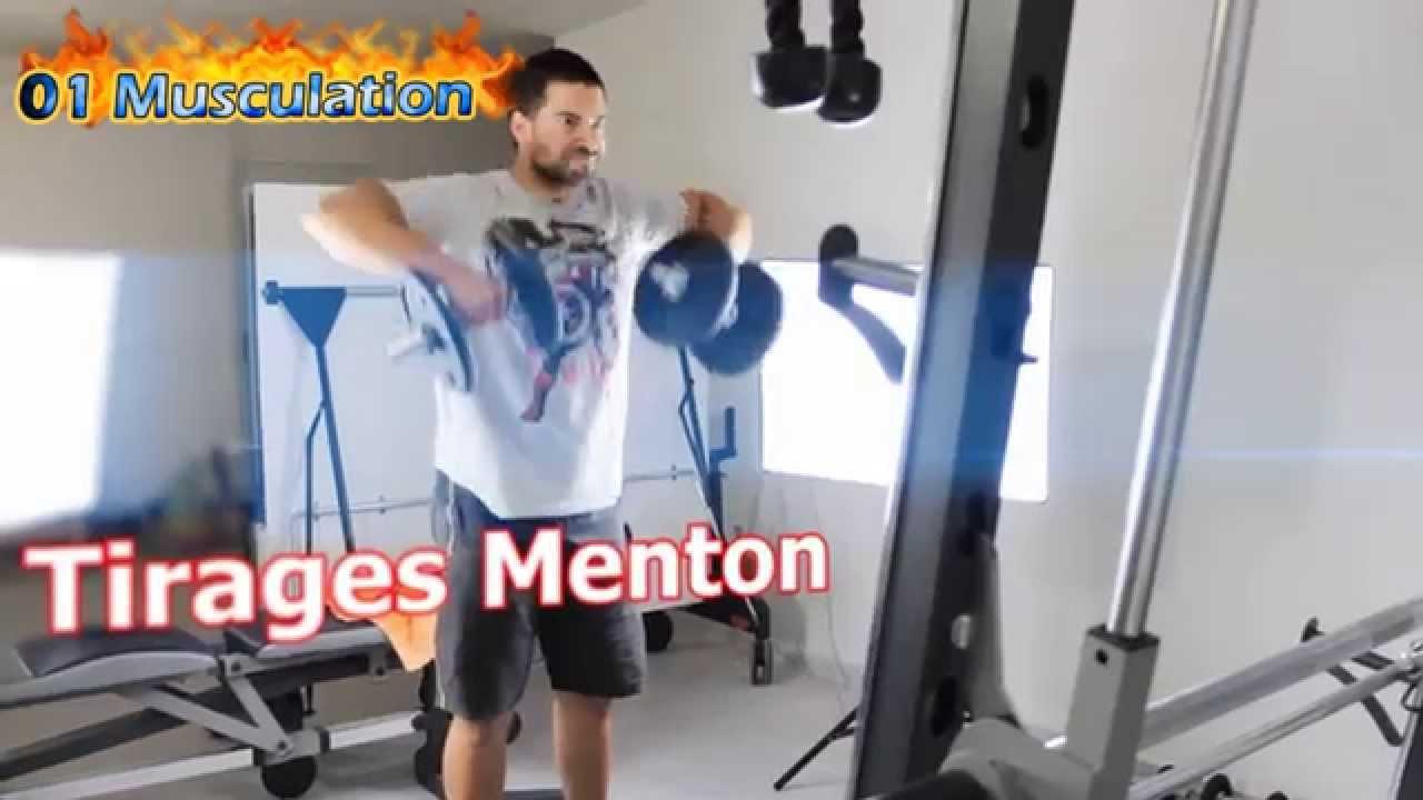 Exercice Musculation de Épaules Tirages Menton Haltères ...