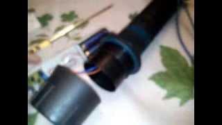 Светодиодный фонарик своими руками для подводной охоты(Даный фонарик был приобретен в магазине охота и рыбалка. Напряжения пит 4.5В от трех батареек 1.5В типа D, с..., 2014-02-16T18:01:10.000Z)