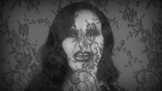 Смотреть клип Fangoria - De Qué Me Culpas? Feat. Ms Nina Y King Jedet