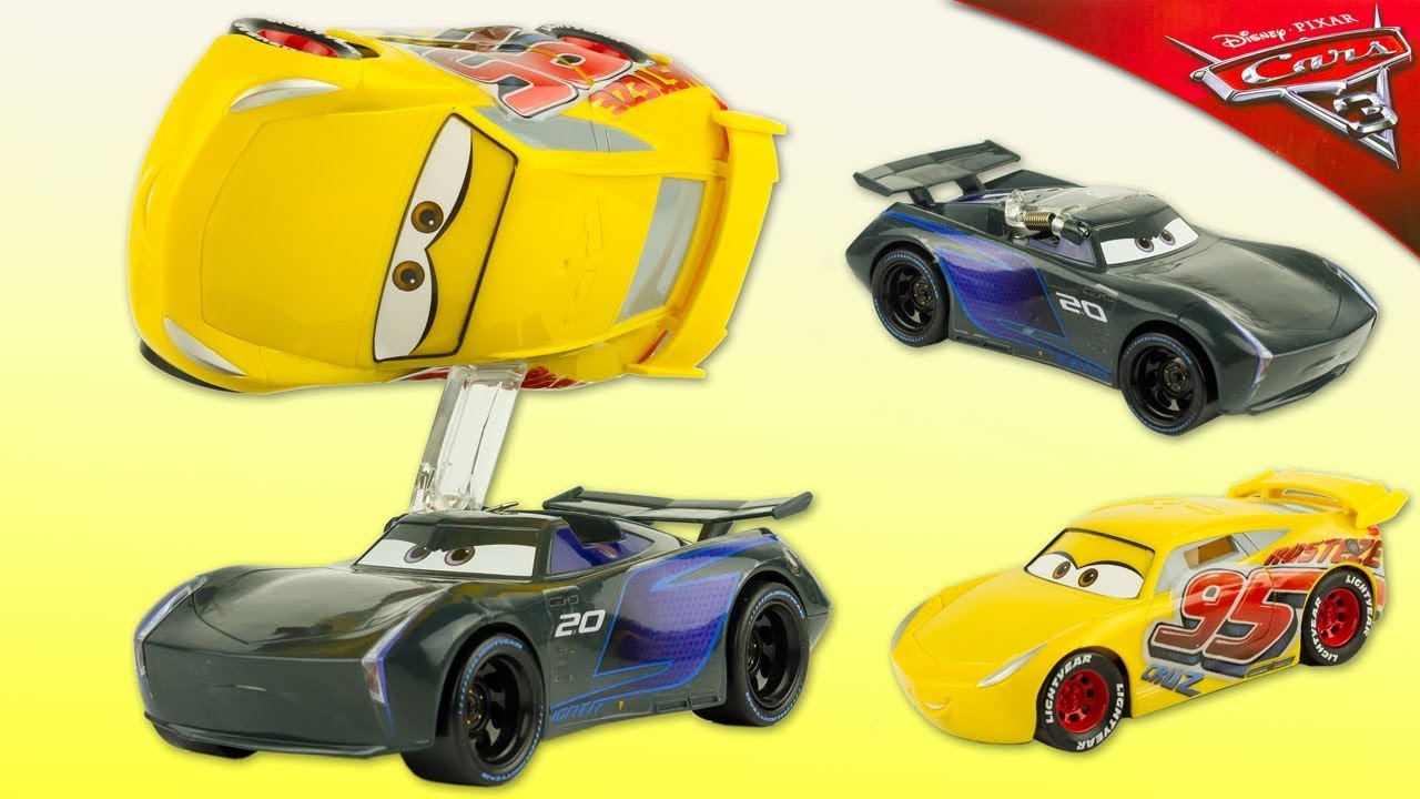 Cars 3 Jackson Storm Jouet Disney Cars 3 Flip To The Finish Cruz Ramirez Jackson Storm Playset Stunt Toy Review Juguetes