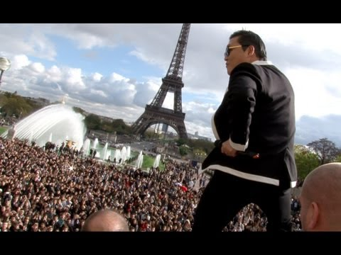 PSY GANGNAM STYLE Paris live flashmob at Trocadero with Cauet (NRJ) 파리 강남스타일 5.11