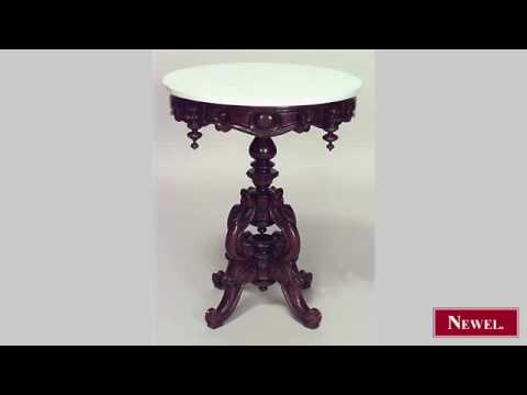 Antique American Victorian round mahogany pedestal base