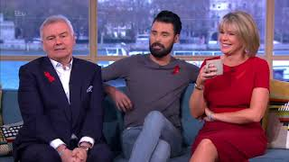 Ruth Langsford | Red Dress + Amazing Legs!