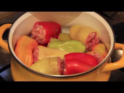 Вопрос: Как приготовить фаршированный перец?