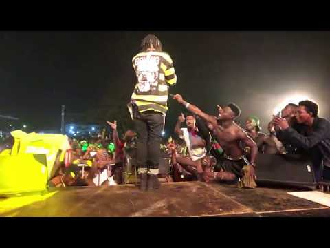 Stonebwoy Performs with OV At S Concert 2018