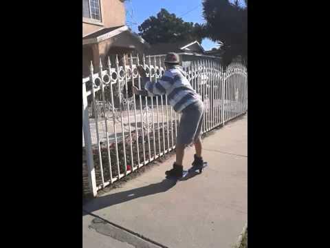 Veja o video -Dgk skateboarding… Ripstick style