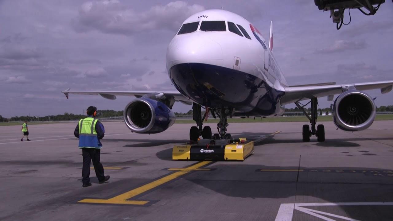 Image result for Mototok tug British Airways