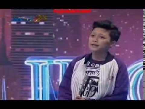 Muryani Nyanyi Lagu Utopia Keren!! @Audisi Yogyakarta Indonesian Idol 2014