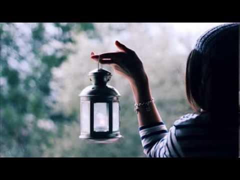 Aurora-Bright Lanterns Flash