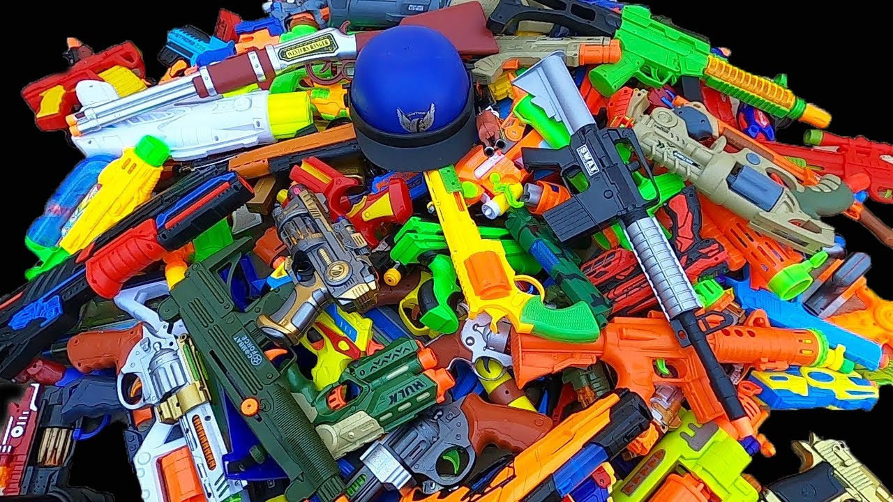 Download A Lot of Toy Guns - Toy Pistols in the 3 Box.