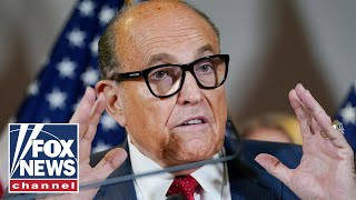 'The Five' slam mainstream media's misreporting on Giuliani raid