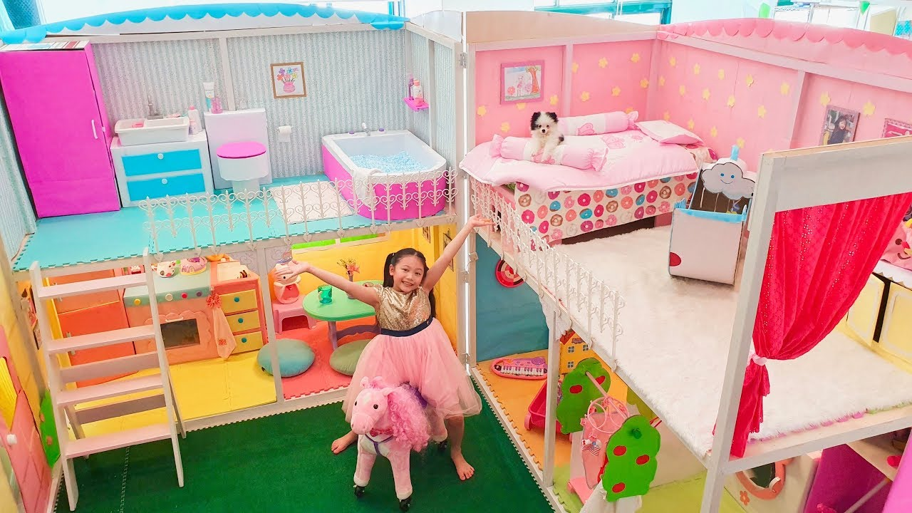 Download Bug 24 Hours in Giant Barbie Doll House
