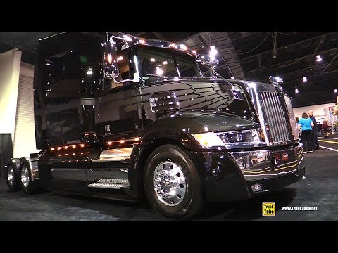 2018 Western Star 5700 XE 82inch High Roof Sleeper - Exterior Interior Walkaround - 2018 Truckworld