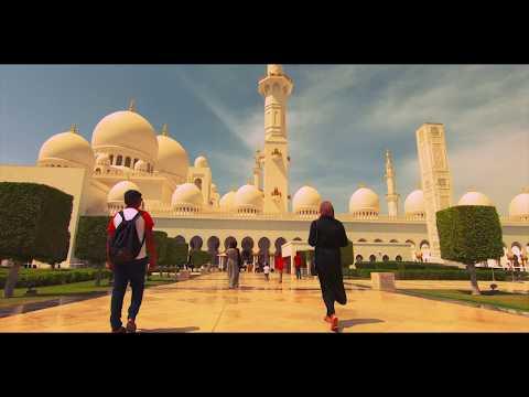 The beautiful Sadiyaat Beach and Sheikh Zayed Grand Mosque n Abu Dhabi
