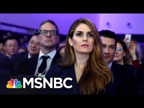 Lawrence: Hope Hicks Made Sean Spicer Look Competent | The Last Word | MSNBC