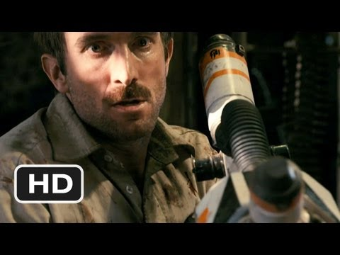 District 9 #3 Movie CLIP - Using the Weapon (2009) HD