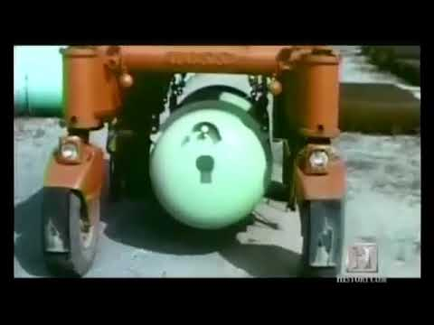 How atom bomb works in hindi